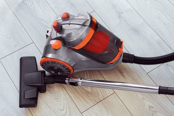 upright water vacuum cleaner